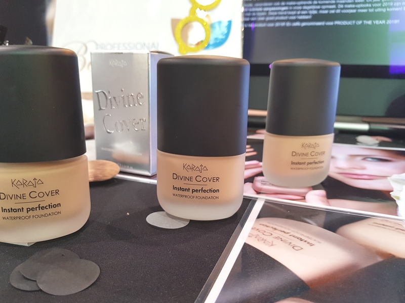 Karaja Divine Cover waterproof foundation