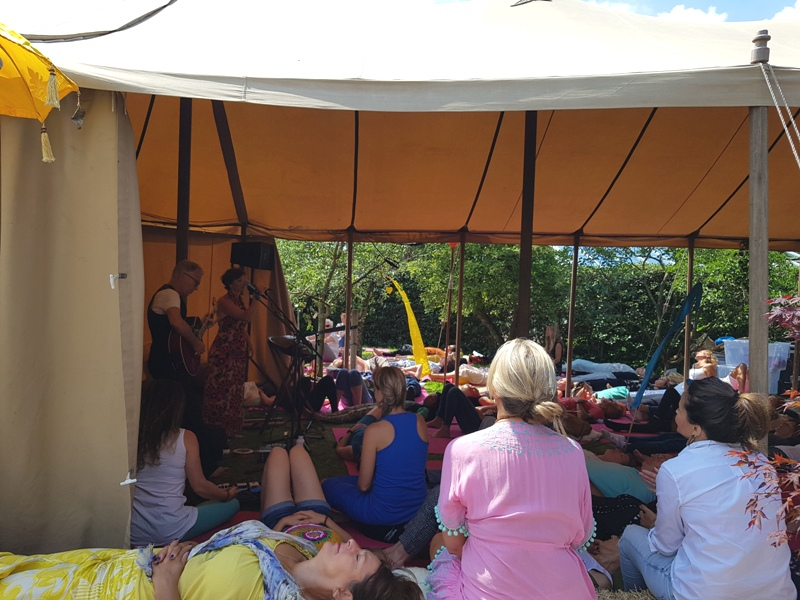 Tent Medtatie Yoga Happy Spirit Days