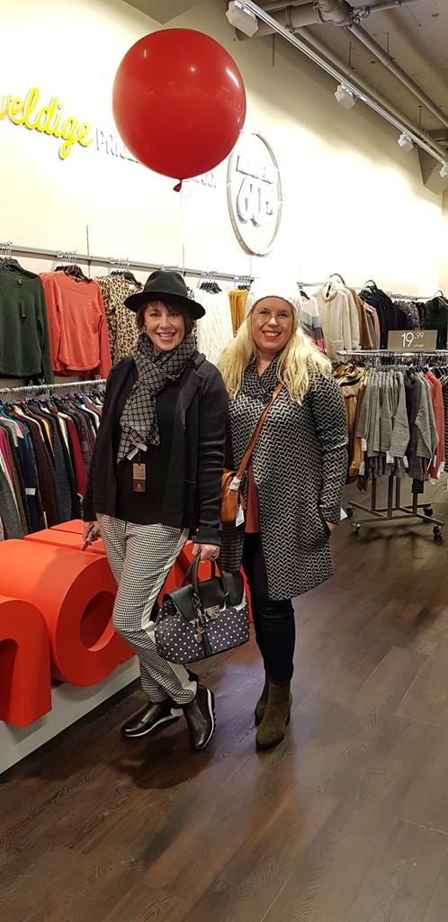 TKmaxx Nijmegen Sonja & Debbie